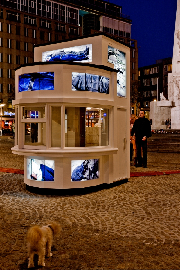 Evening on the Dam Square - the white kiosk